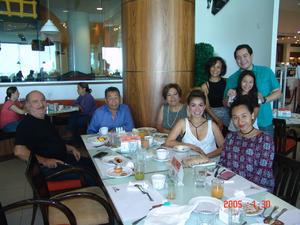 27082016 EN FAMILIA.  Yessica, Maricela, Jesusita, Andrea, José Luis, Nacho, Francisco y Tony.