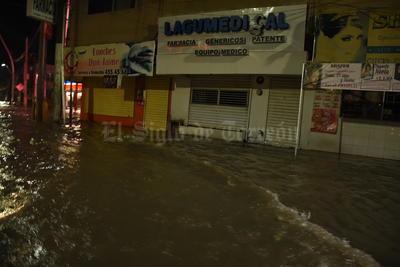 La tormenta del domingo dejó estragos en La Laguna.