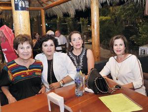 28082016 ENTRE AMIGAS.  Norma, Bertha, Lupis y Lola.