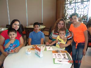 31082016 Dayana, Valeria, Mariana, Francisco, Andrea, Oliver, Marcela, Blanca, Fredy, Gael, Rodrigo, Santiago y Diego.