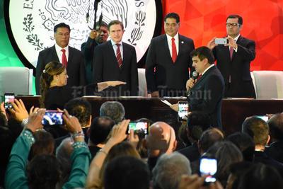 Leticia Herrera sucede a José Miguel Campillo en la presidencia de Gómez Palacio.