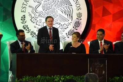 El gobernador electo de Durango, José Rosas Aispuro, acudió a la ceremonia.