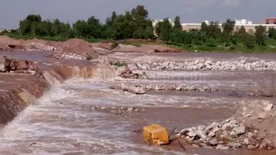 Las corrientes de agua ya son más fuertes, por lo que se recomienda a la ciudadanía mantenerse alejadas.
