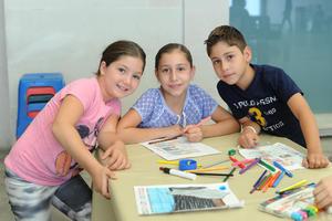 02092016 Romin, Daniela y Mikel.