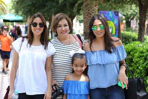 02092016 Erandi, Mariana, Coco y Regina.