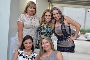 Gina, Gracia, Mary, Lily y Rosy