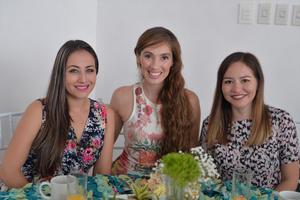 Christian, Leslie y Claudia