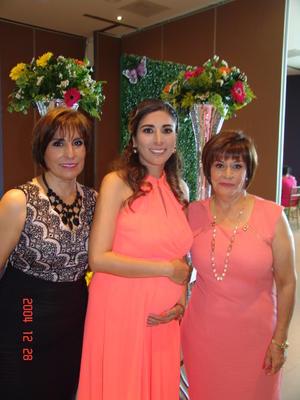 03092016 ENTRE AMIGAS.  Mirna, Adriana y Jatziri.