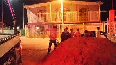 La situación se controló pero arribaron alrededor de 10 unidades de la Secretaría de la Defensa Nacional, otras cuantas de Fuerza Coahuila y de Policía Municipal de Torreón, así como de Protección Civil de ese municipio.