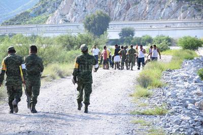 En riesgo están los ejidos Seis de Enero, El Rayo, Sapioriz y la colonia Álvaro Obregón, donde en conjunto habitan otras 2,000 personas que también podrían ser desalojadas.