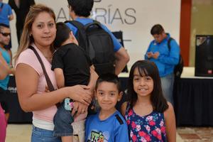 07092016 Mariana, Luis y Jessica.