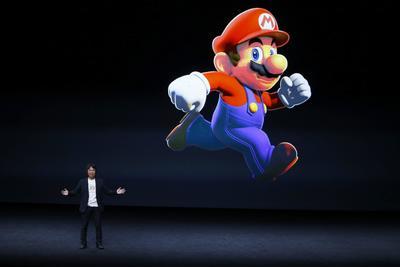 """El creador de Mario, el japonés Shigeru Miyamoto, presentó la llegada de su mítico personaje de videojuegos a App Store con la nueva aplicación """"Super Mario Run""""."""
