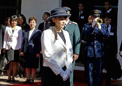 ASUNCIÓN (PARAGUAY).- La princesa Mako, nieta del emperador Akihito de Japón, participa en una ceremonia durante su visita en la Casa de la Independencia de Asunción, tras su llegada a Asunción (Paraguay). La princesa llegó hoy a la capital para realizar un viaje por diferentes partes de Paraguay en conmemoración del 80 aniversario de la llegada de los primeros inmigrantes japoneses al país. EFE