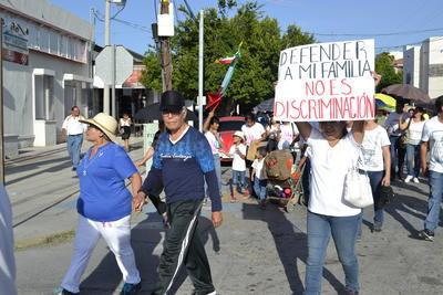 Los asistentes se manifestaron de manera pacífica.