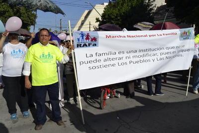 Torreón se sumó a la Marcha Nacional en Defensa de la Familia.