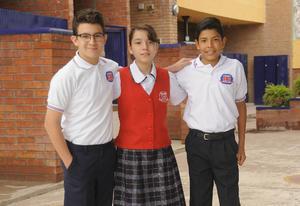 12092016 Gilberto, María José y Sebastián.