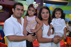 11092016 EN FIESTA INFANTIL.  Alexandro, Alexandra, Estefanía y Oly.