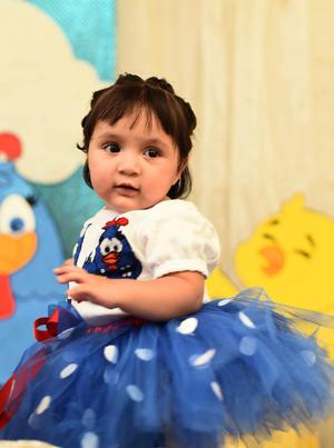 11092016 CUMPLE UN AñO.  Denisse Mendoza Estrada en su fiesta de cumpleaños. Ella es hija de Eliud Mendoza Cepeda e Ileana Edith Estrada Martínez.