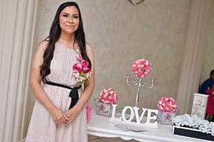 11092016 La feliz novia a unos pasos del altar.