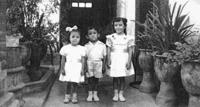 11092016 Beatriz Hernández, Benjamín y Martha Balderas en 1958.