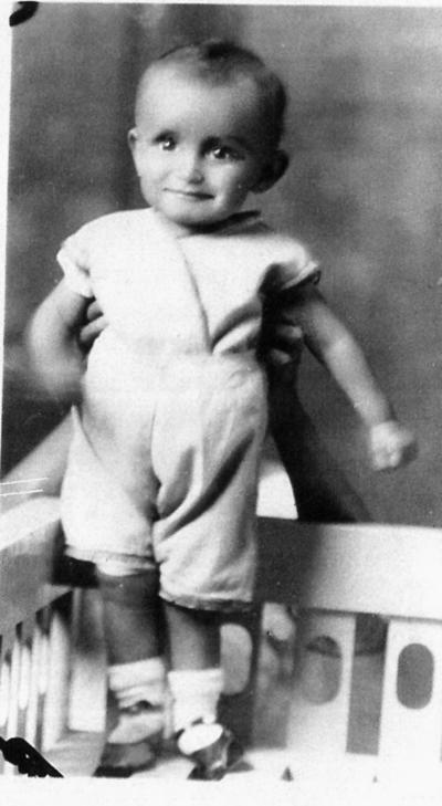 11092016 Rafael Luna Cabral a la edad de 1 año en1932.
