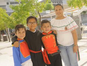 18092016 Jenny, Laura, Sofía y Gloria.