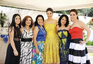 19092016 DICE ADIóS A LA SOLTERíA.  María Fernanda acompañada de sus tías y primas, Liliana, Layla, Liliana, Elva y Elda.