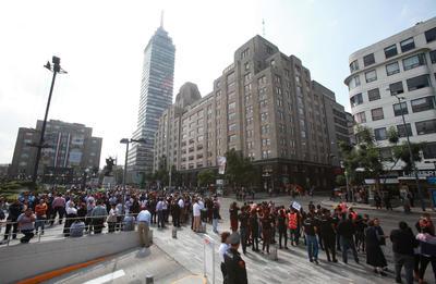 El aniversario se conmemoró con un megasimulacro en la capital mexicana.