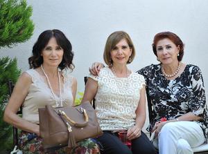 Estela, Leticia y Dora Alicia
