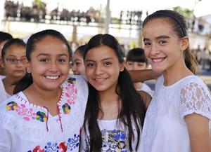 22092016 Victoria, Sofía y Silvia.