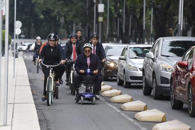 La gran mayoría lo hicieron a bordo de una bicicleta, que este día se convirtió en el medio predilecto de transporte.