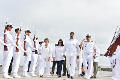 Fueron testigos del histórico momento más de 2,500 invitados, entre ellos unos 15 presidentes y el rey Juan Carlos.