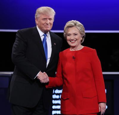 Hillary Clinton llegó al debate con una ligera ventaja sobre Trump en los últimos sondeos.