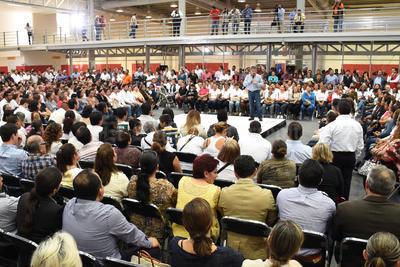 Riquelme le mandó un mensaje al presidente Enrique Peña Nieto con el secretario de Gobernación.
