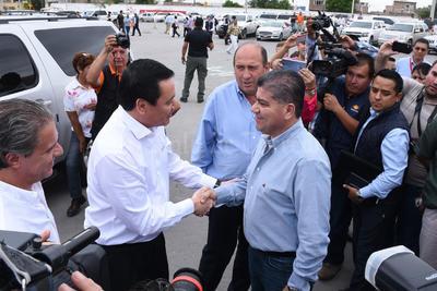 Osorio Chong visitó nuevamente La Laguna.