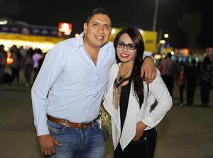 29092016 DOS AñOS DE CASADOS.  Víctor y Blanca.