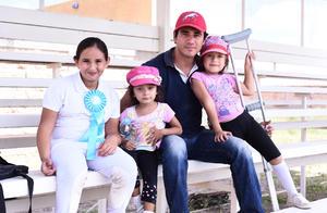 30092016 Moselle, Ana, Jaime y Luciana.