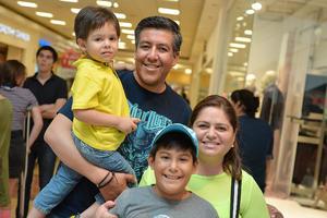 30092016 Lucero, Gilberto, Matías y Ximena.