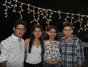 Alejandro, Alexa, Andrea y José Luis