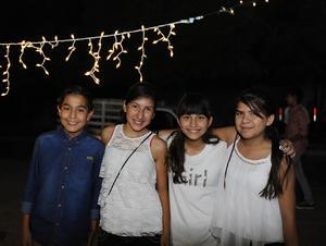 Joshua, Marifer, Mariana y Nancy
