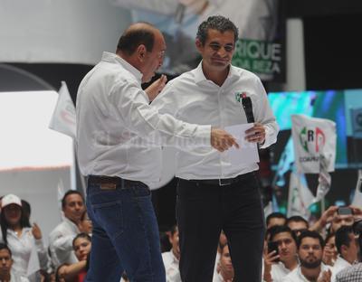 Reconoció el trabajo de Moreira al frente del gobierno coahuilense.