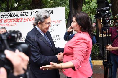Estuvo con la alcaldesa, María Luisa González Achem.
