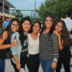 02102016 MUY CONTENTAS.  Alexia, Goretti, Ana Claudia, Ana Sofía y Mary.