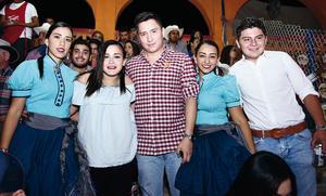02102016 CHARREADA NOCTURNA.  Gaby Álvarez, Karla Álvarez, Marco González, Marifer Álvarez y Jesús González.