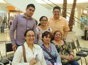 03102016 María Concepción, Marisela, Bernardo, María Elena, Magdalena y Alfredo.
