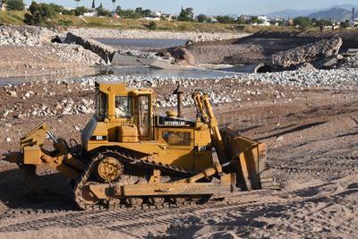 El agua se desplazó rápido hacia la zona urbana de Torreón.