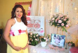 04102016 BABY SHOWER.  Dafne Flores.