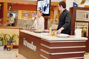 05102016 Nury Farrús de Murra  compartiendo tips de cocina.