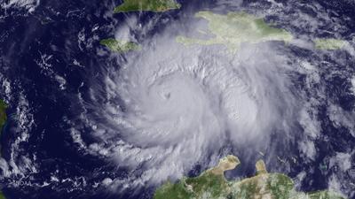El huracán es categoría 3.