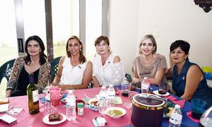 08102016 DISFRUTAN DE RECEPCIóN.  Gina, Charito, Estela, Lorena y Bertha.